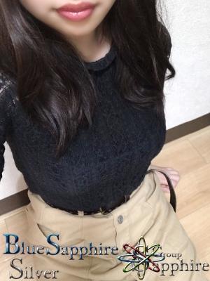 広島デリヘル風俗 BlueSapphire(ブルーサファイア):在籍女性「こはな」4/12(日)の予約状況